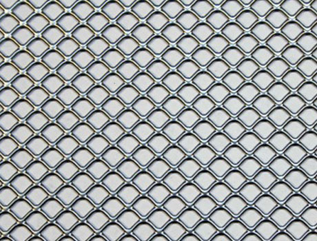 Square-holed mesh expanded metal sheets